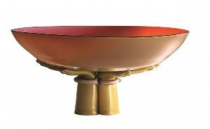 """""""Coupe des mains"""" en verre """"laguna"""" et verre ivoire, de Tomaso Buzzi © ENRICO FIORESE - GALERIE ANAGAMA - GRAND PALAIS"""